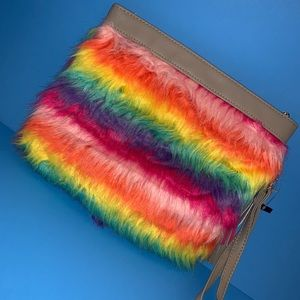 Bags - NWT furry rainbow 🌈 large wristlet or clutch